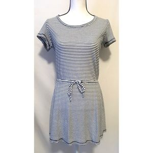 Splendid size small blue and white striped dress
